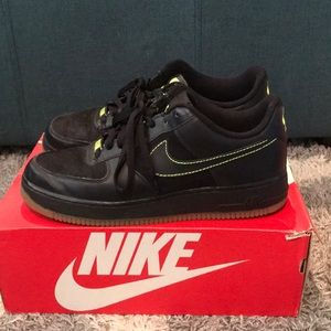 Nike Air Force 1 Limited Black/Neon